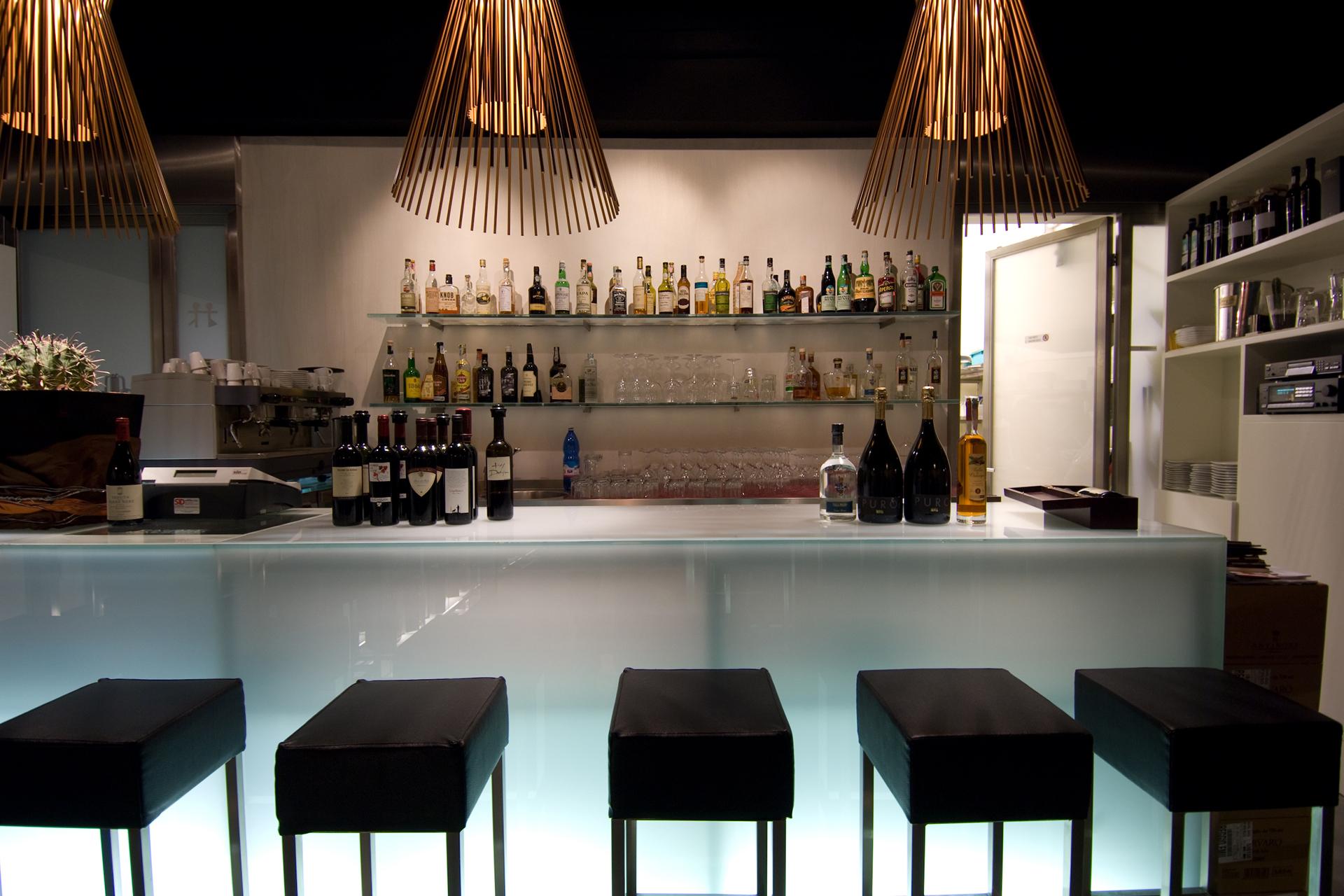 Enoteca ristorante canale maestro reggio emilia 2007 for Restaurant reggio emilia